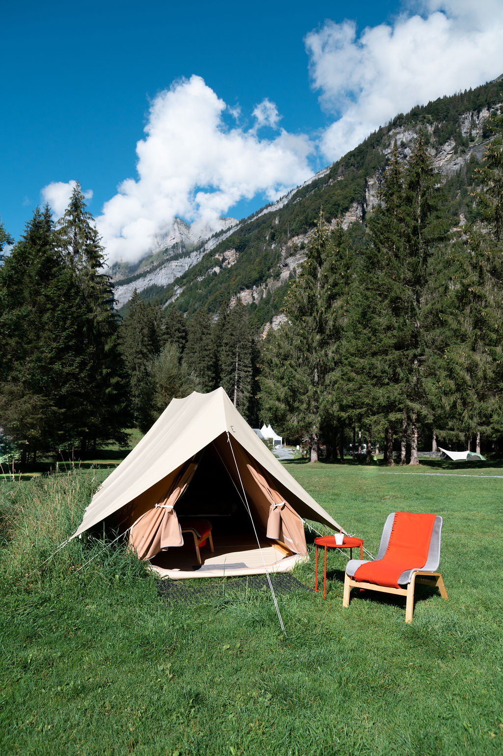 camping-le-pelly-slide-mountain-tent-7