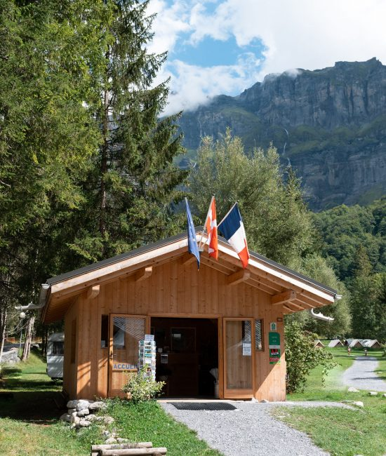 camping-le-pelly-contact-6
