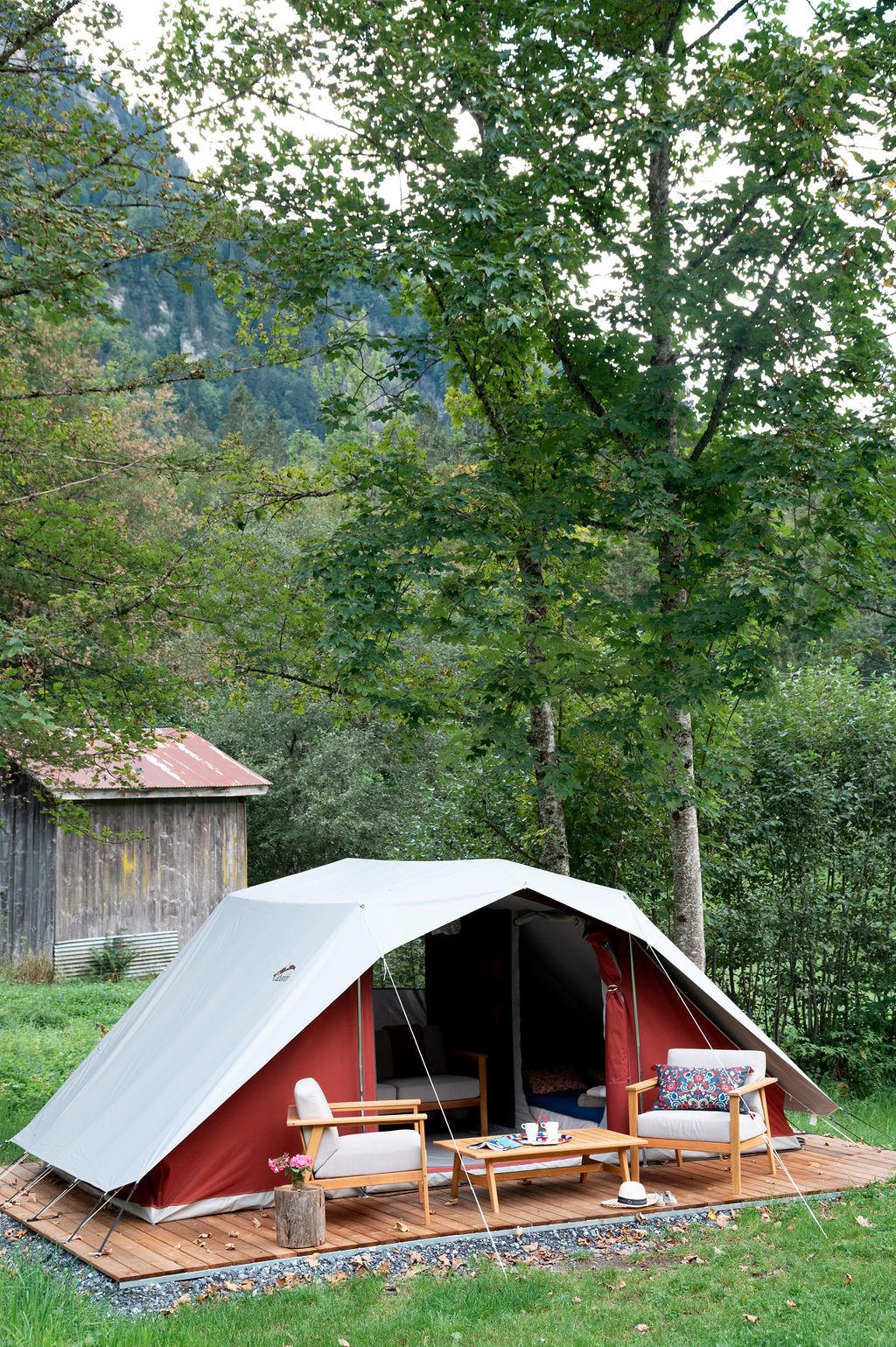 camping-le-pelly-slide-bora-bora-tent-12