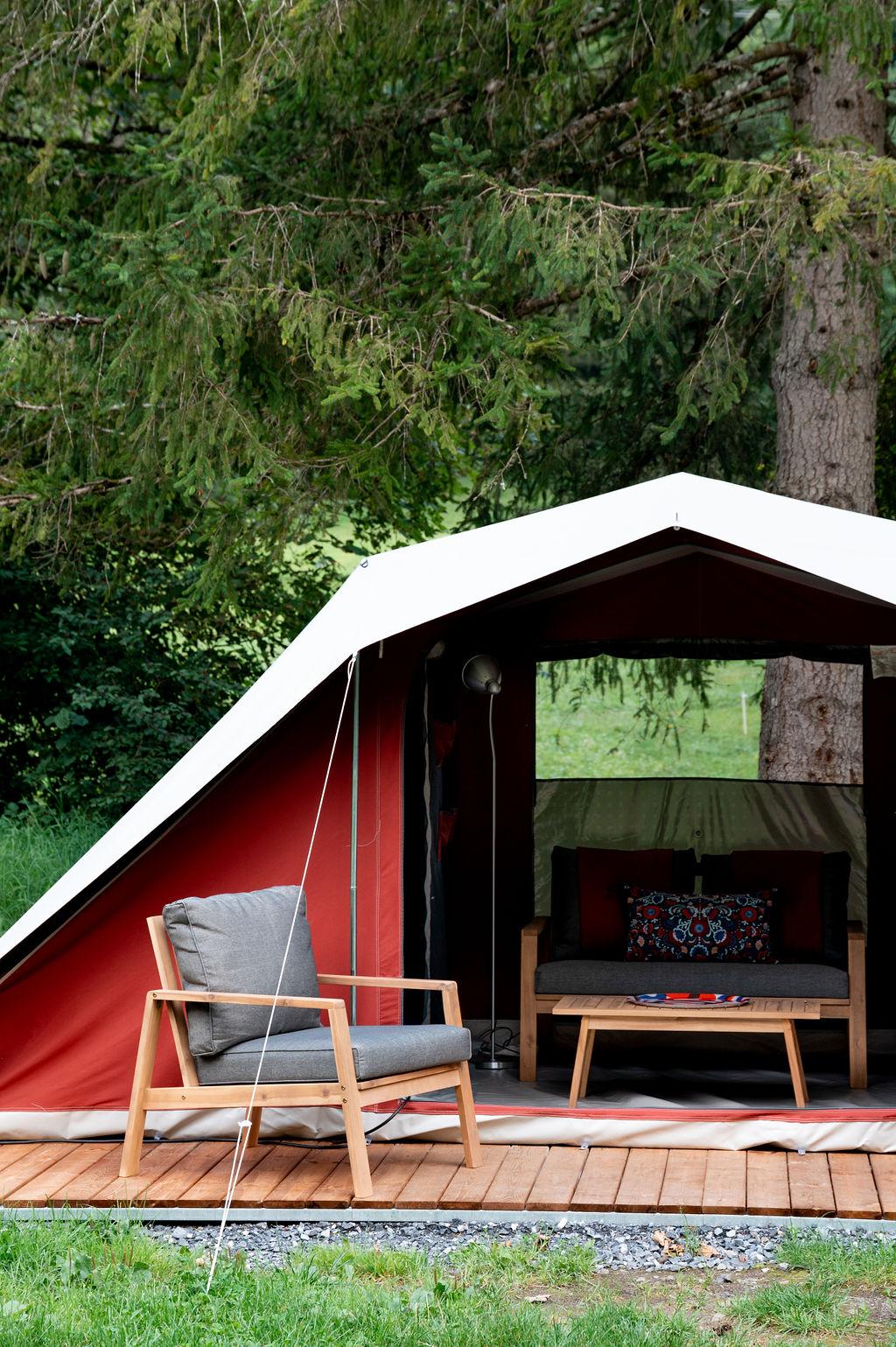 camping-le-pelly-slide-bora-bora-tent-8