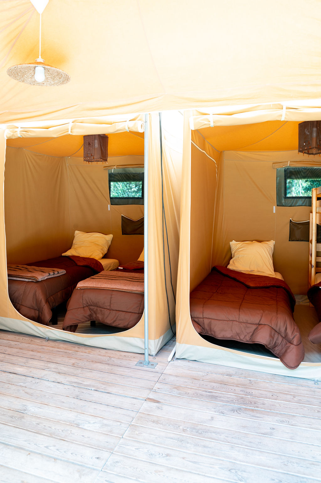 camping-le-pelly-slide-bungalow-toile-caraibes-3