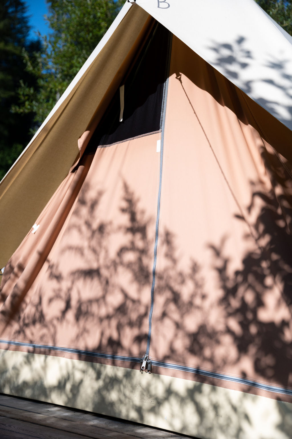 camping-le-pelly-slide-mountain-tent-3