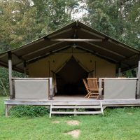 camping-le-pelly-header-bungalow-toile-kenya-2
